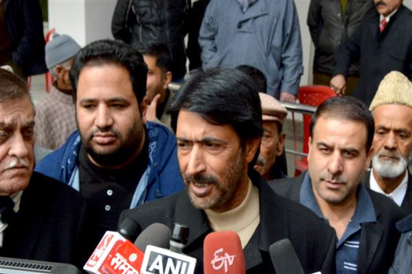 Centre, State responsible for deteriorating situation in State, Country: G A Mir