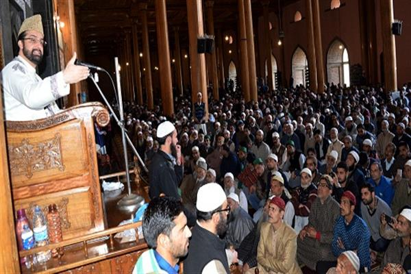 Delhi wants to muzzle Kashmir struggle with its military might: Mirwaiz