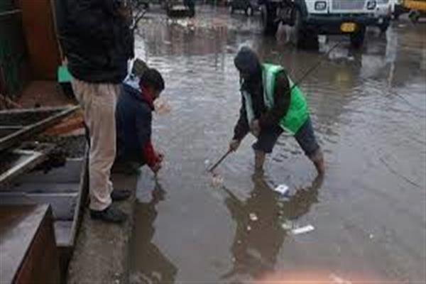 Rains inundate Srinagar areas