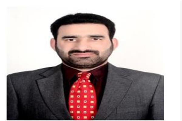 Fulfill your commitment to remove pay anomaly of clerks; Qaiser Lone to Govt