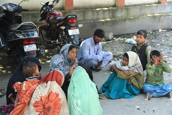 Police arrest beggars in Lal chowk, other places