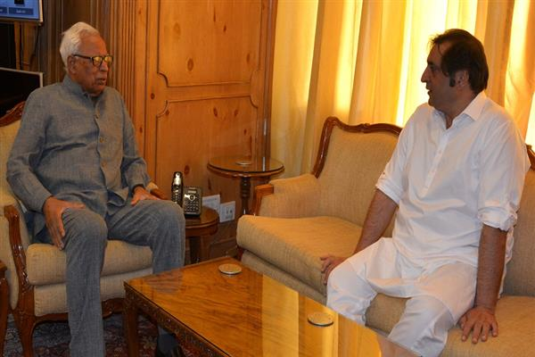 Sajad Lone meets Governor