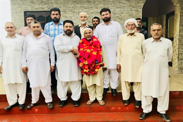 Jan holds public meets at Khanetar, Chandak