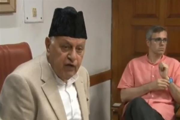 Dr. Farooq, Omar greet people on Eid-ul-Azha
