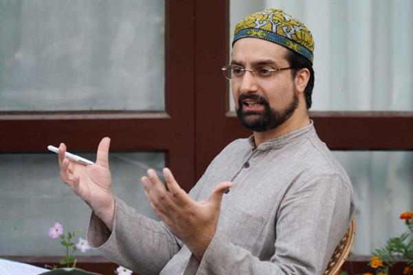 Reaction even on rumors about Art 35-A should serve an eye-opener for Govt: Mirwaiz