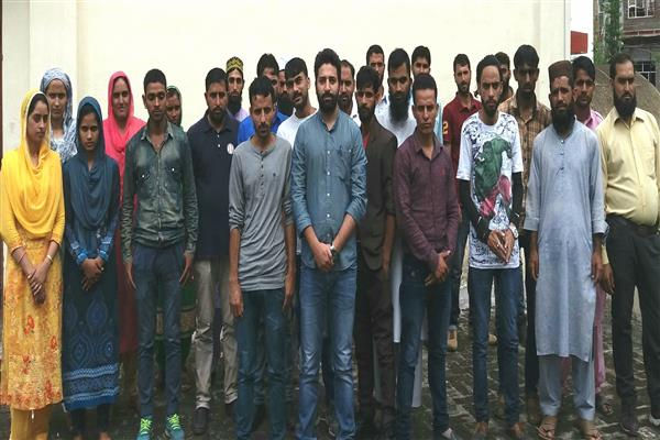 Pampore Sep 08 KNS A Batch Of 25 Aspiring Entrepreneurs Passed Out From Jammu And Kashmir Entrepreneurship Development Institute JKEDI On Saturday