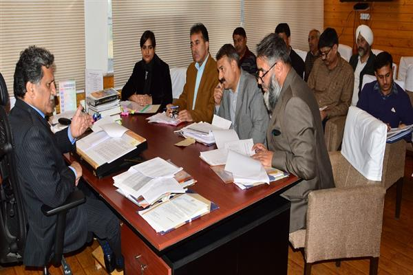 Khurshid Ganai reviews functioning of Agriculture, Horticulture Departments