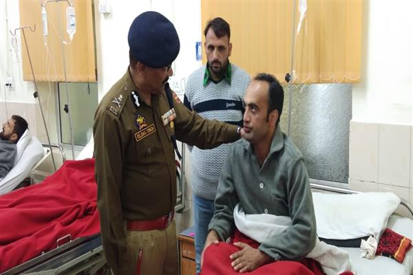 DGP J&K visits 92 Base Hospital