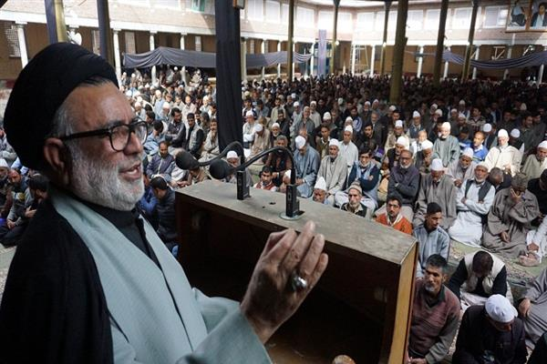 Aga Hasan condemns vandalization, thrashing of civilians in Kashmir
