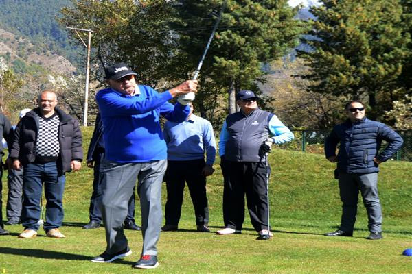 Farooq Abdullah inaugurates 7thJK Golf Association tournament at Pahalgam