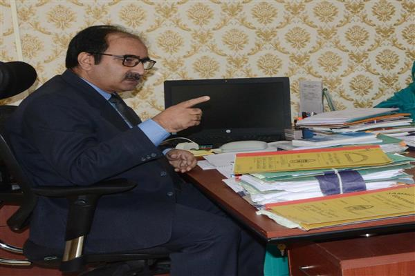 Dr Lone reviews progress on implementation of social security schemes in Anantnag, Kulgam
