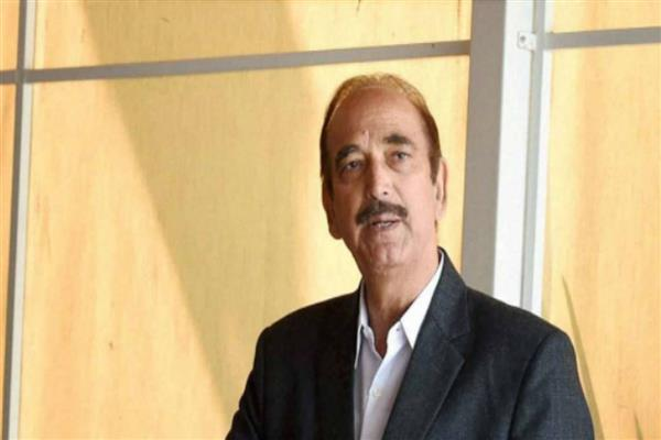 Azad condoles death of Ananth Kumar