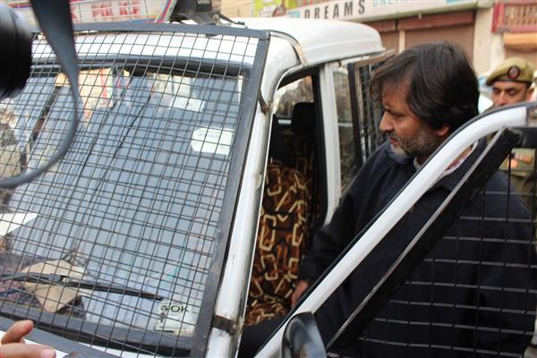 JKLF chief Yasin Malik detained 'in connection with Panchayat polls'