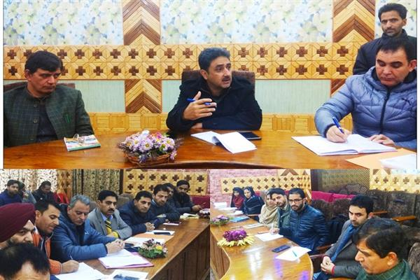DDC Kupwara reviews progress of AYUSHMAN Bharat–PM Jan Arogya Yojna