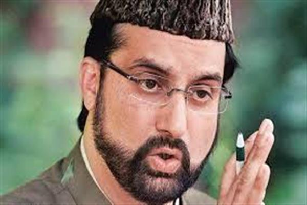 Mirwaiz extends greetings to people on Eid-e-Milad