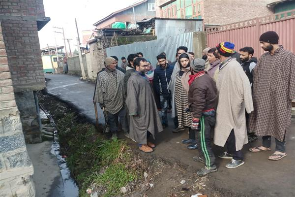 MC Bijbehara starts sanitation drive in hospitals, police stations