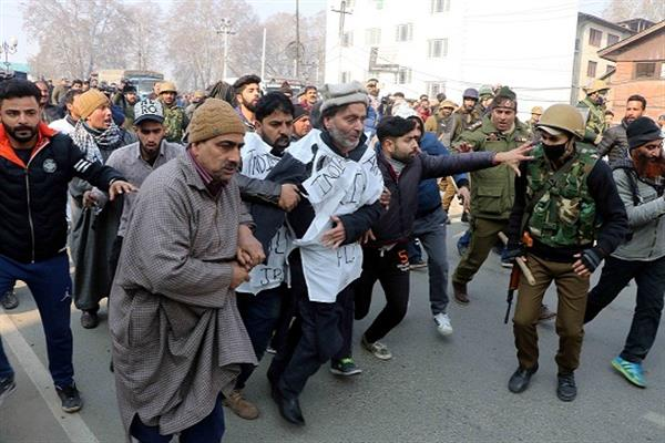 JKLF's march to Badami Bagh foiled, Malik, others detained