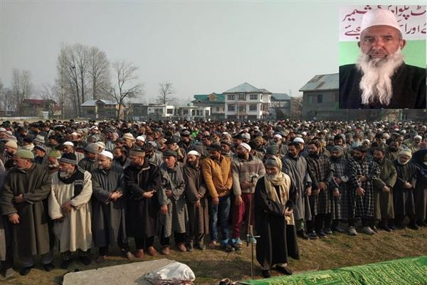 Mirwaiz grieved over demise of Moulana Alhaj Ali Muhammad