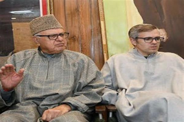 Dr Farooq, Omar greet people on eve of New Year