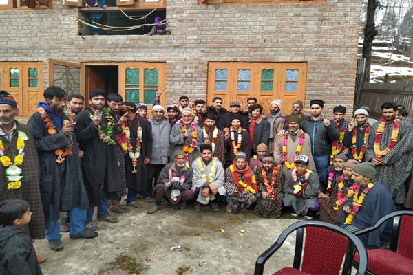 'Over 50 PDP, NC workers join PC'