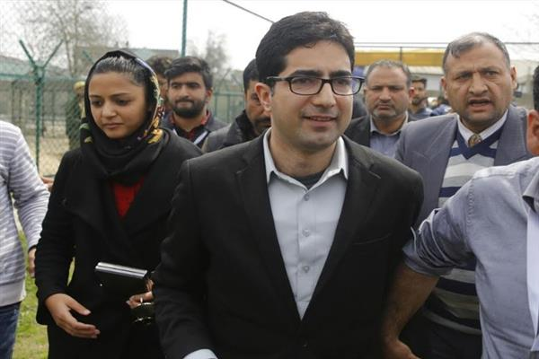 Applicants are harassed in the name of RTI fee, time lines not been followed: Shah Faesal