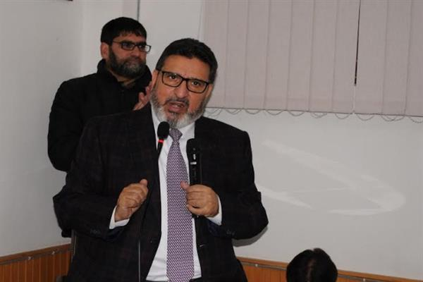 MPs of 2014 have been mute spectators in Parliament: Altaf Bukhari