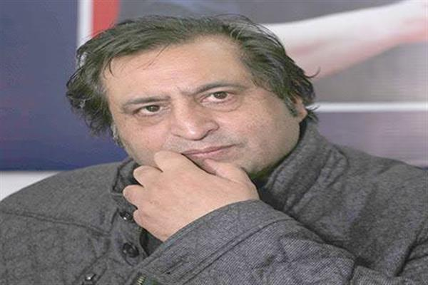 Sajad Lone, Junaid Matoo visit Mian Altaf's residence to condole death of his daughter