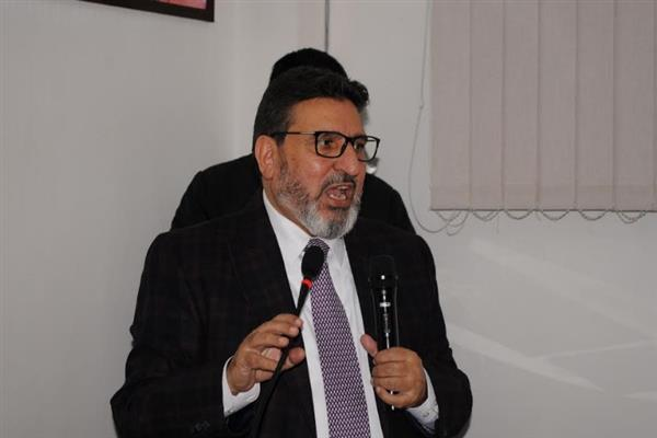 Plight of Horticulture sector an onslaught on State's economy: Altaf Bukhari