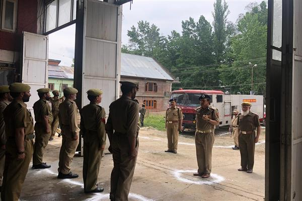 DG Fire & Emergency Services inspects fire stations of south Kashmir