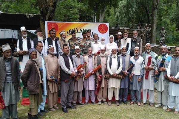 Teetwal day celebrated at Karnah