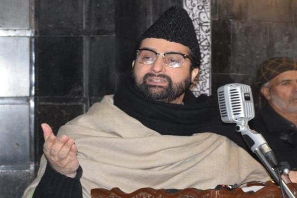 Mirwaiz urges human rights bodies to take note of JKCCS report