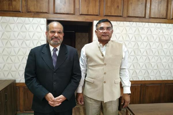 Renzushah meets CEO, appreciates him for conducting polls successfully