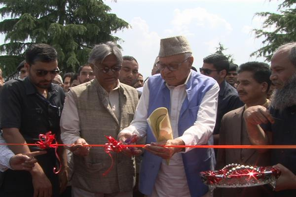 Farooq Abdullah asks youth to strive towards getting education
