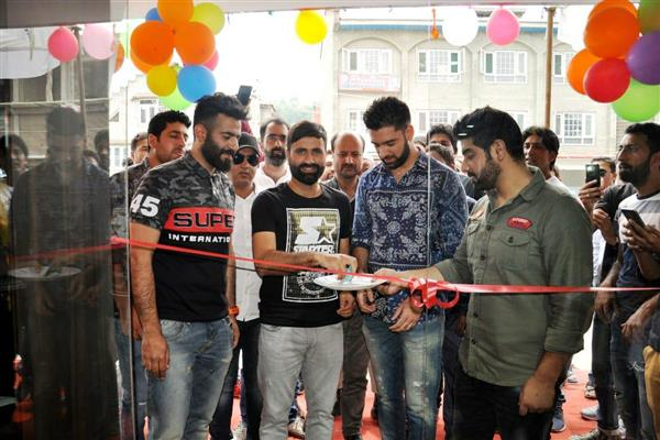 Fashion Fiesta launches 17th outlet in Anantnag