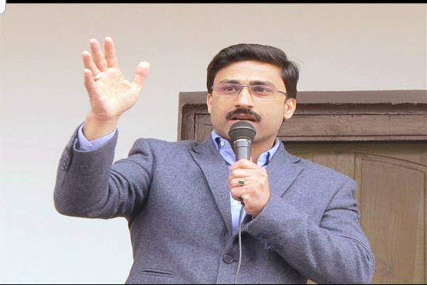 Ahsan Pardesi calls for reconciliation, rapprochement with youth of Kashmir