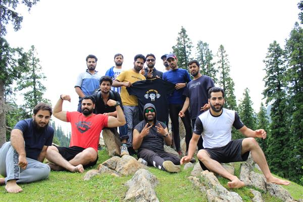 Muscle Studio organizes trek to Lidwas