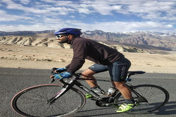 Adil cycles non-stop from Srinagar to Leh  420km high-altitude cycling expedition is a ...