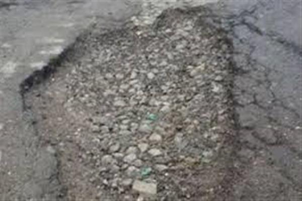 Roads leading to Handwara town in shambles, locals anguished