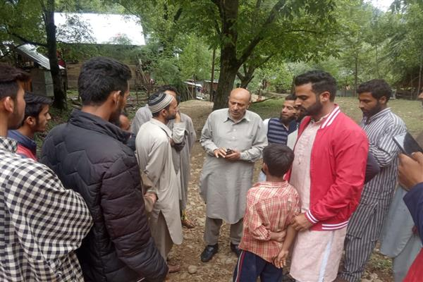 Er. Rasheed tours Kupwara district
