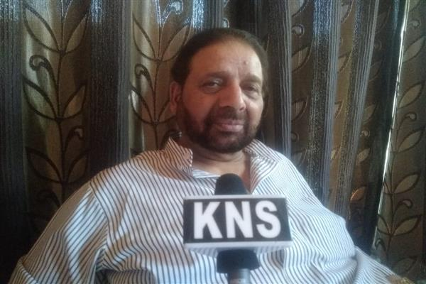 Center should respect aspirations of people of Kashmir: Hakeem Yaseen