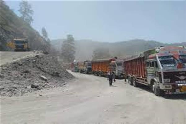 National Highway: LMVs from Jammu to Srinagar to ply on Monday