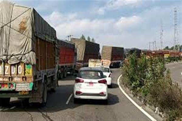 National Highway: LMVs from Srinagar to Jammu to ply on Tuesday