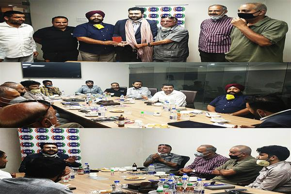 PHD Chamber Kashmir Interacts with Hamid Bukhari