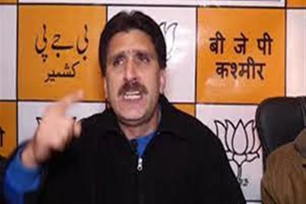 Altaf Thakur condemns  attack on BJP activist in Budgam