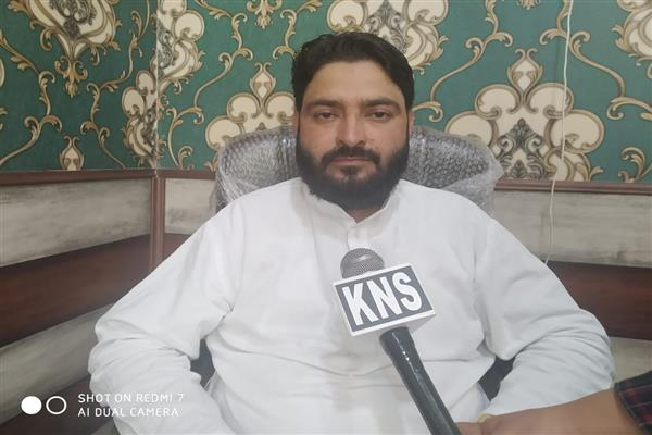 Yaseen Bhat Expresses sympathies with Baber Qadri's Family