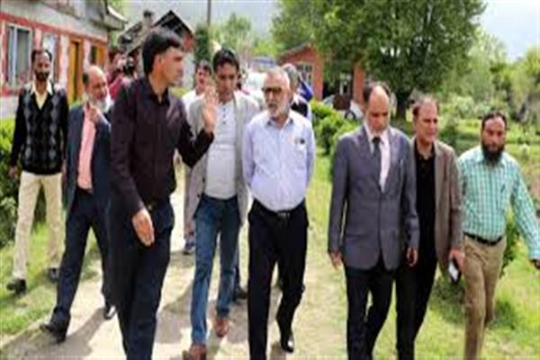 Director Agriculture Kashmir Conducted a day long tour of District Budgam
